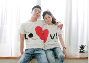 couple-shirt-300x211